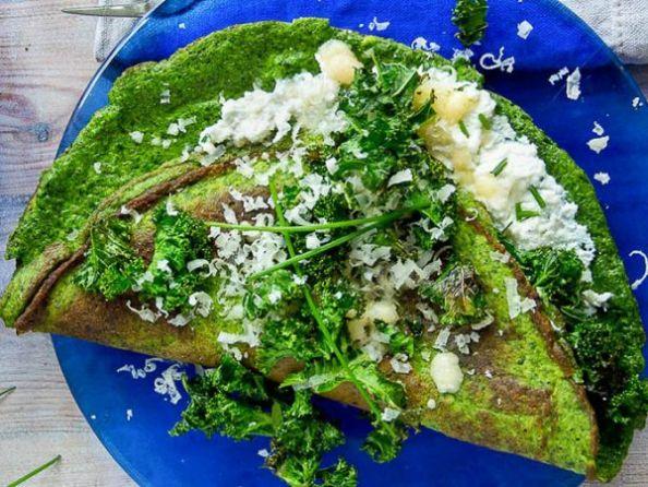 ниско калоричен зелен омлет със спирулина